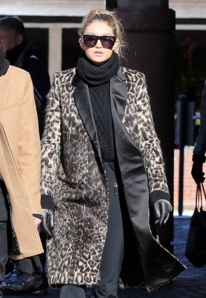 Gigi Hadid Out in Aspen 12/27/2015-1