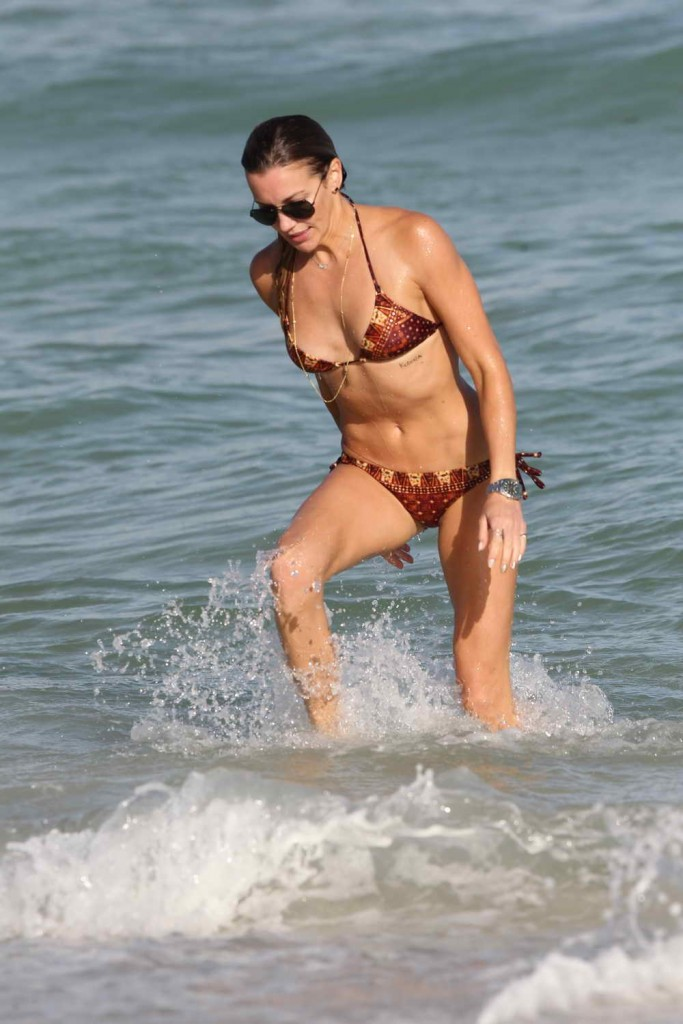 Katie Cassidy in Bikini at the Beach in Miami 12/28/2015-1
