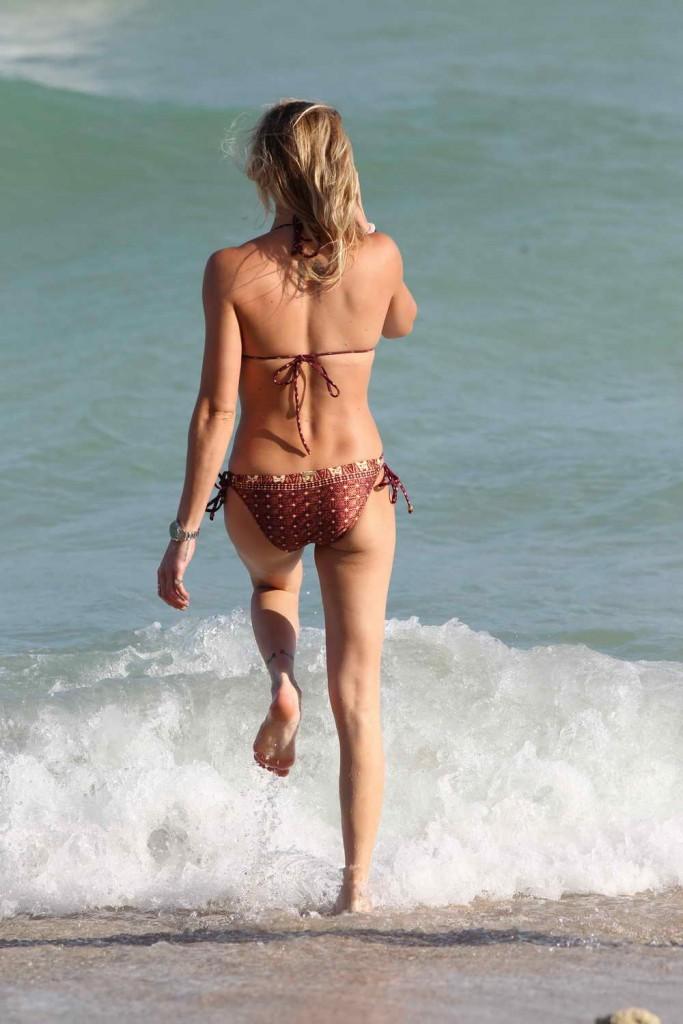 Katie Cassidy in Bikini at the Beach in Miami 12/28/2015-5