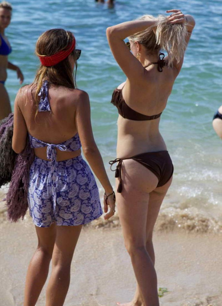 Ashley James in Bikini at the Beach in Bali 01/05/2016-5