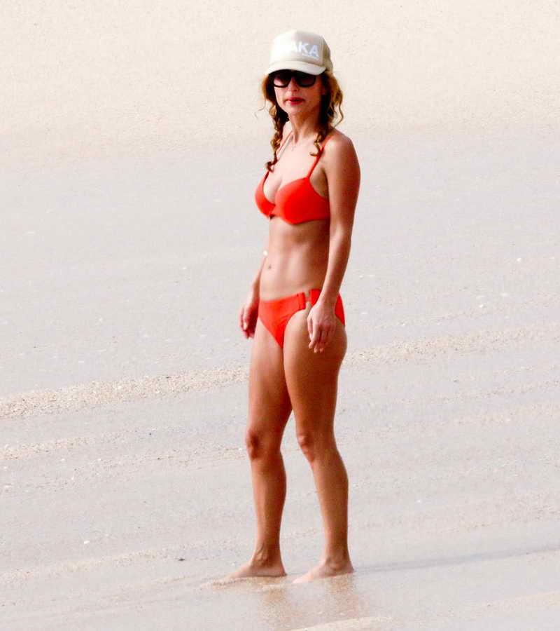 Giada De Laurentiis in Bikini at the Beach in Los Cabos 12/29/2015-2