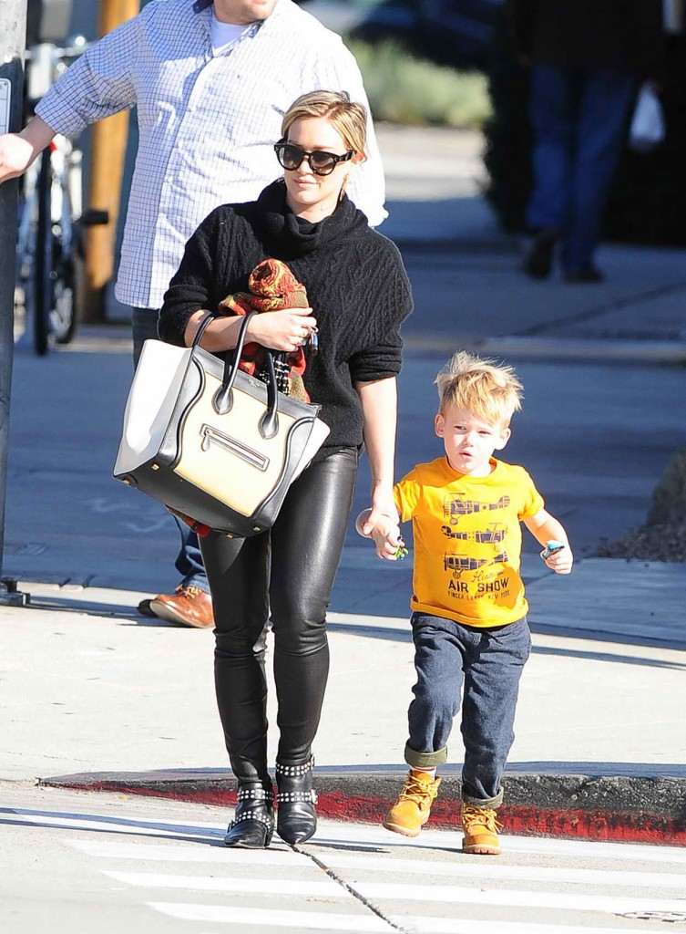Hilary Duff With Her Son in Los Angeles 01/08/2016-1