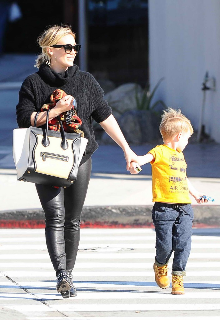 Hilary Duff With Her Son in Los Angeles 01/08/2016-2