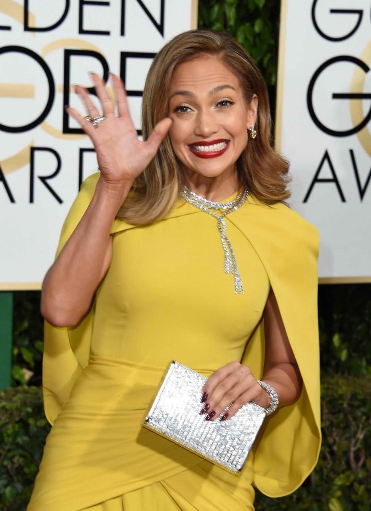 Jennifer Lopez at 73rd Annual Golden Globe Awards in Beverly Hills 01/10/2016-5