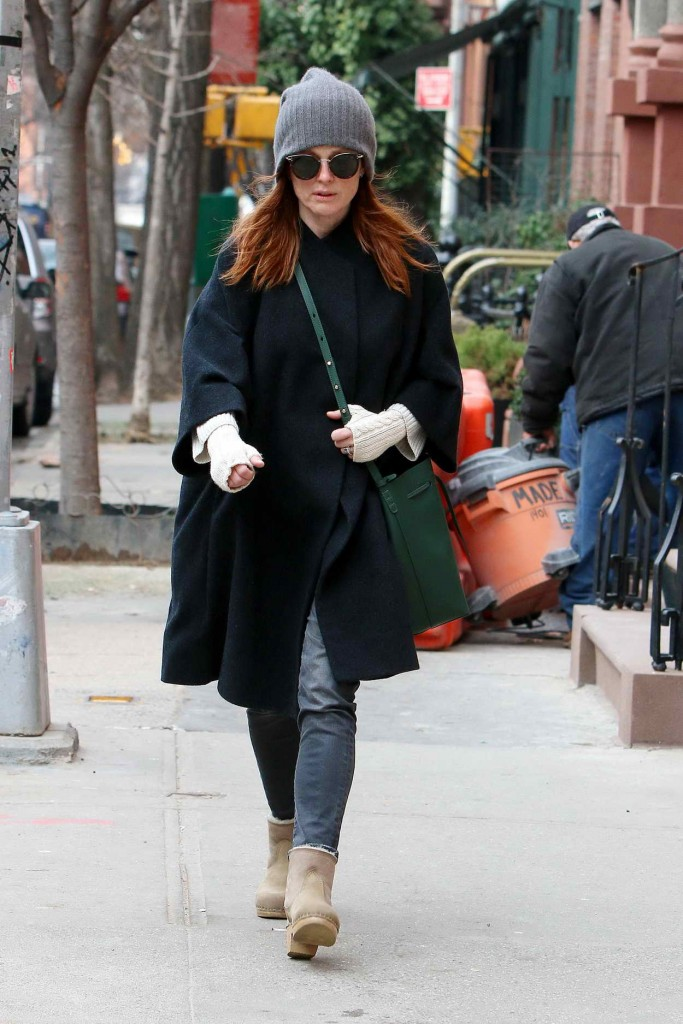 Julianne Moore Out in NYC 01/15/2016-1