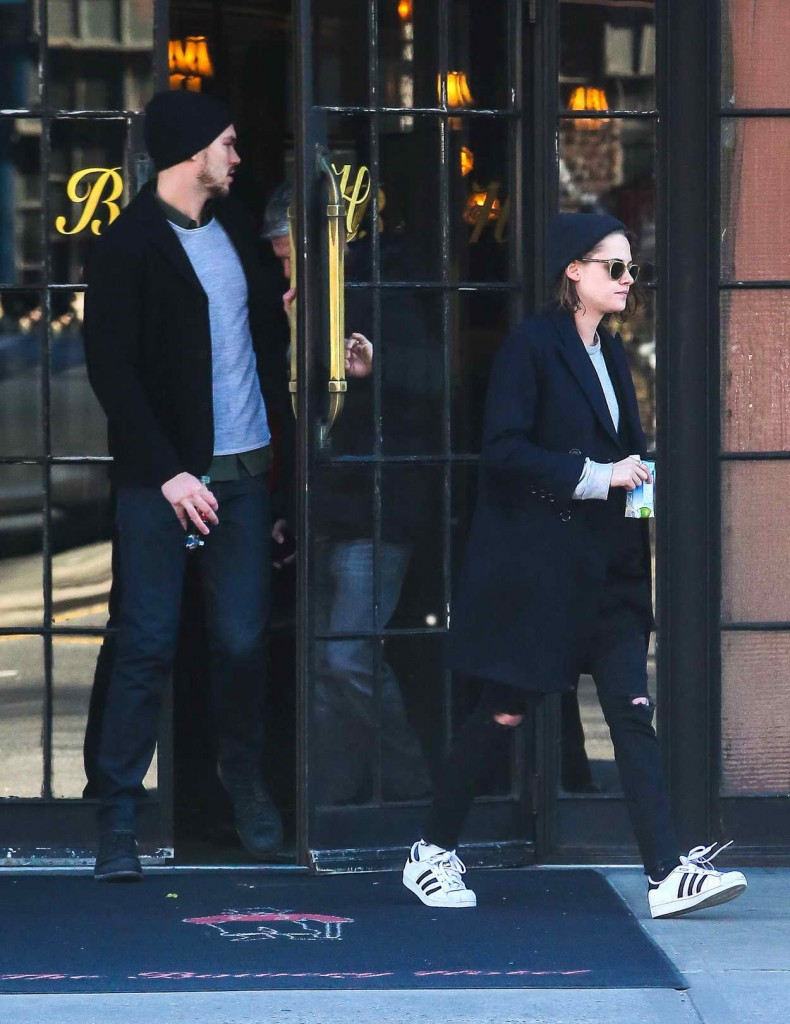 Kristen Stewart Leaving the Bowery Hotel in NYC 01/04/2016-2