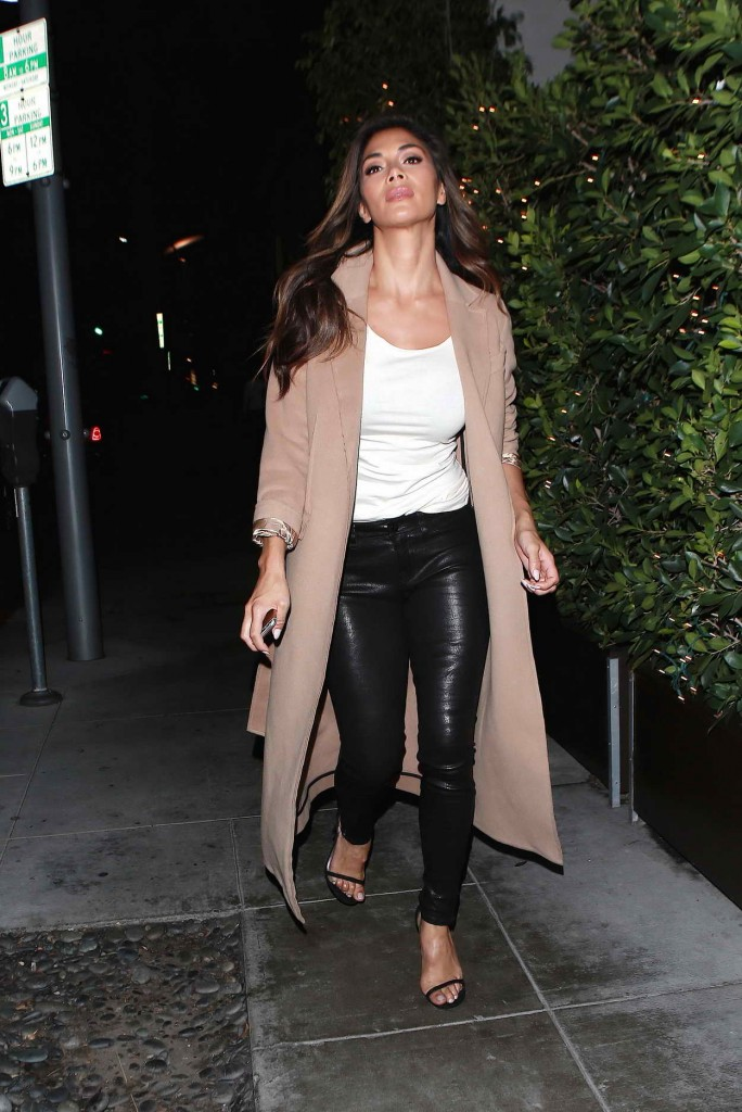 Nicole Scherzinger Arrives at E Baldi in Beverly Hills 01/13/2016-1