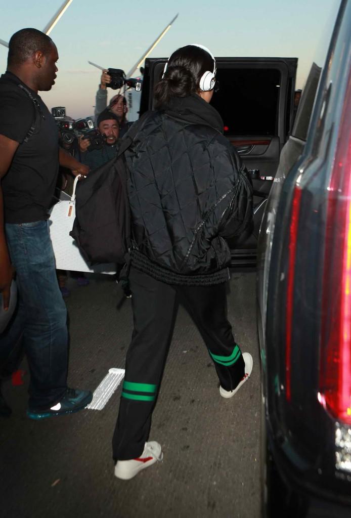 Rihanna at LAX Airport in Los Angeles 01/08/2016-5