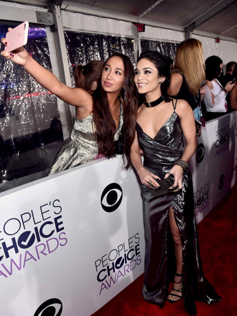 Vanessa Hudgens at the People's Choice Awards 2016 in Los Angeles  01/06/2016-4