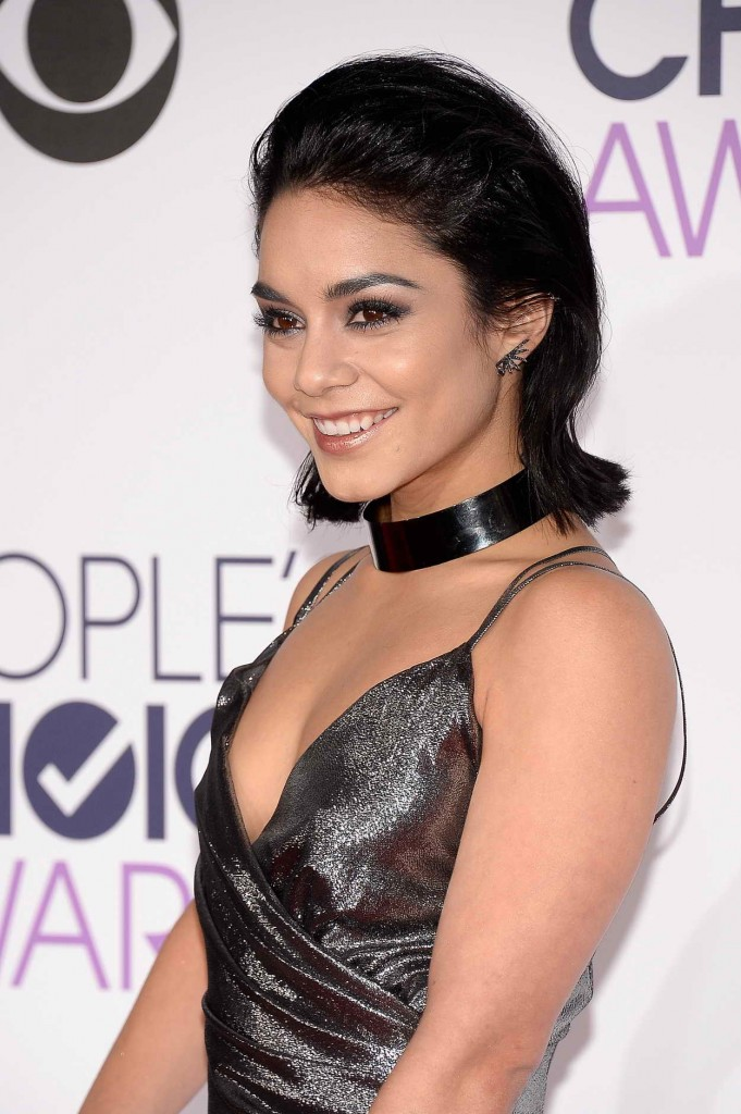 Vanessa Hudgens at the People's Choice Awards 2016 in Los Angeles  01/06/2016-5