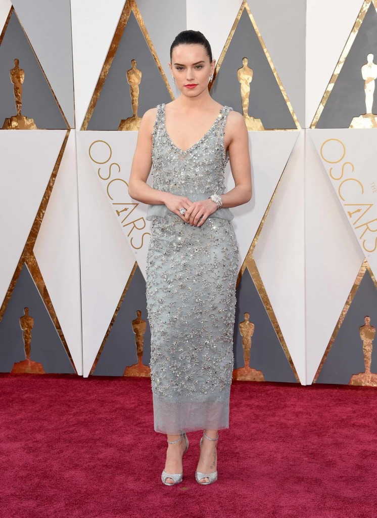 Daisy Ridley at 88th Annual Academy Awards in Hollywood 02/28/2016-1