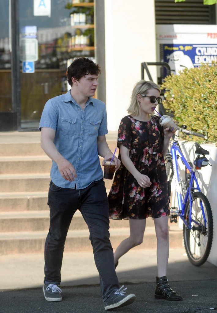 Emma Roberts and Evan Peters Shop at a Bristol Farms in West Hollywood 02/21/2016-3