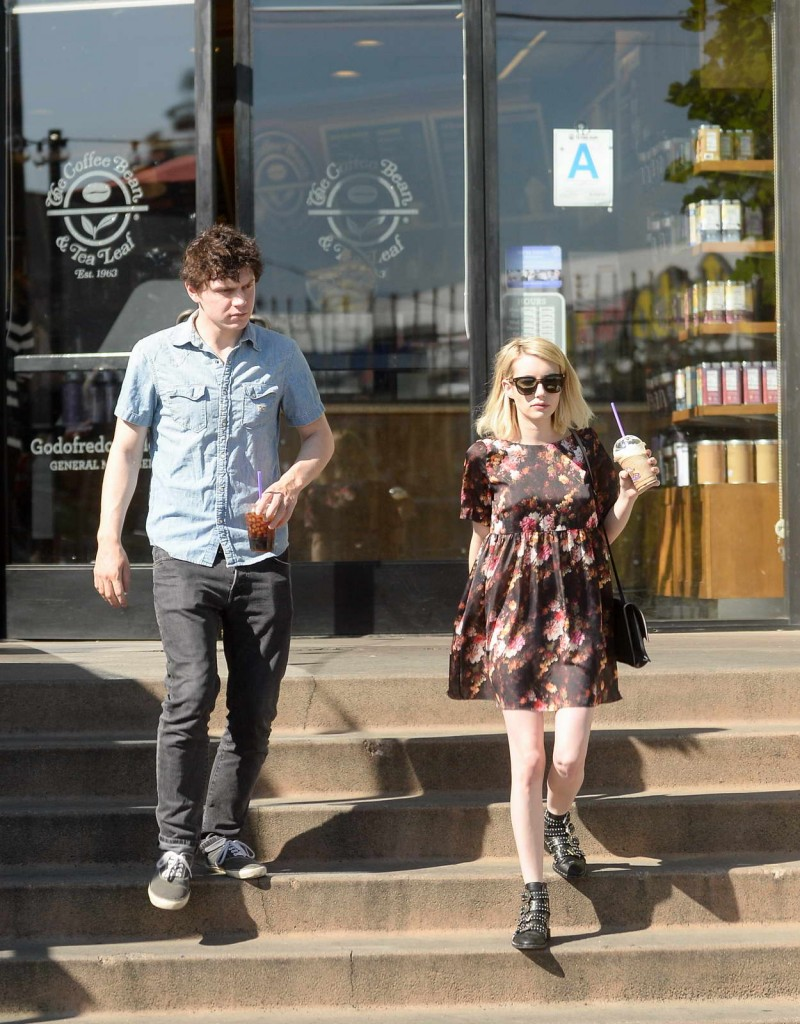 Emma Roberts and Evan Peters Shop at a Bristol Farms in West Hollywood 02/21/2016-4