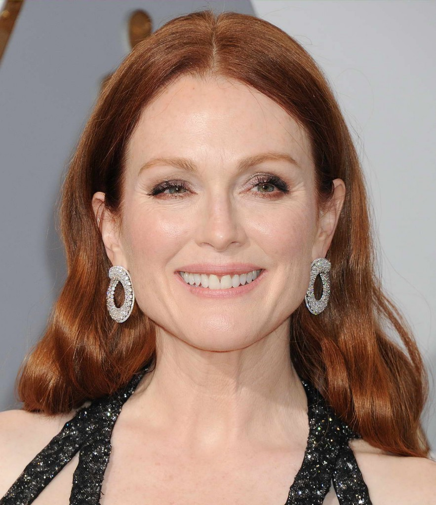 Julianne Moore at 88th Annual Academy Awards in Hollywood 02/28/2016-4