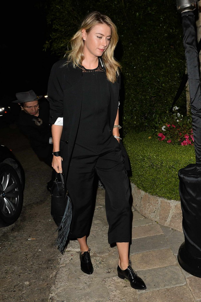 Maria Sharapova Leaves a Pre Oscar Talent Agency Party in Los Angeles 02/27/2016-1