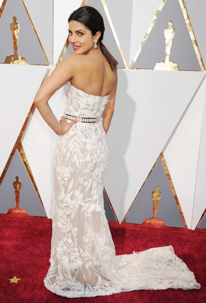Priyanka Chopra at 88th Annual Academy Awards in Hollywood 02/28/2016-2