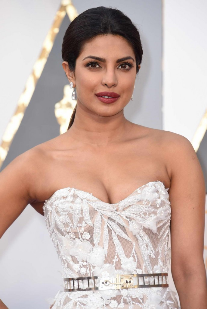 Priyanka Chopra at 88th Annual Academy Awards in Hollywood 02/28/2016-4