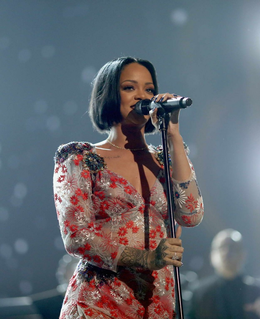 Rihanna at 2016 MusiCares Person Of The Year Honoring Lionel Richie in LA 02/13/2016-5