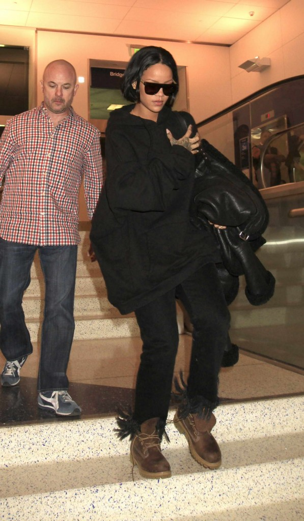 Rihanna at LAX Airport in Los Angeles 02/10/2016-1