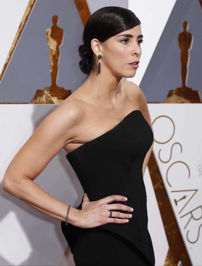 Sarah Silverman at 88th Annual Academy Awards in Hollywood 02/28/2016-5