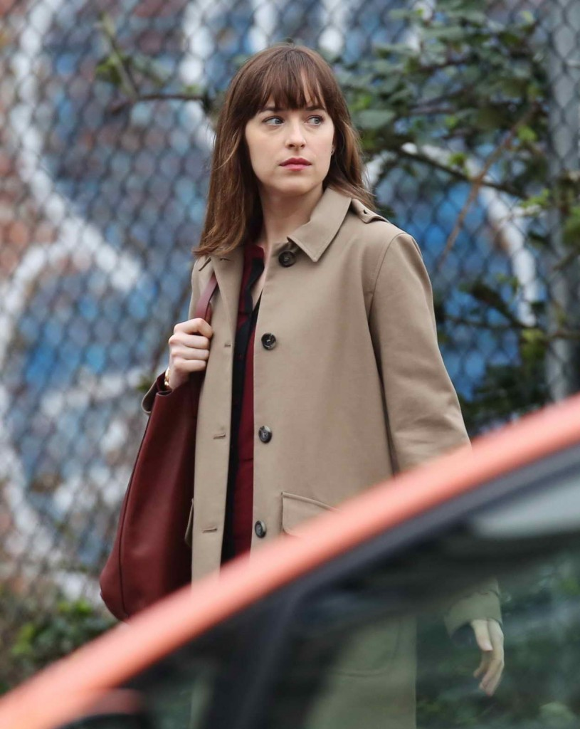 Dakota Johnson on the Set of Fifty Shades Darker in Vancouver 03/02/2016-1