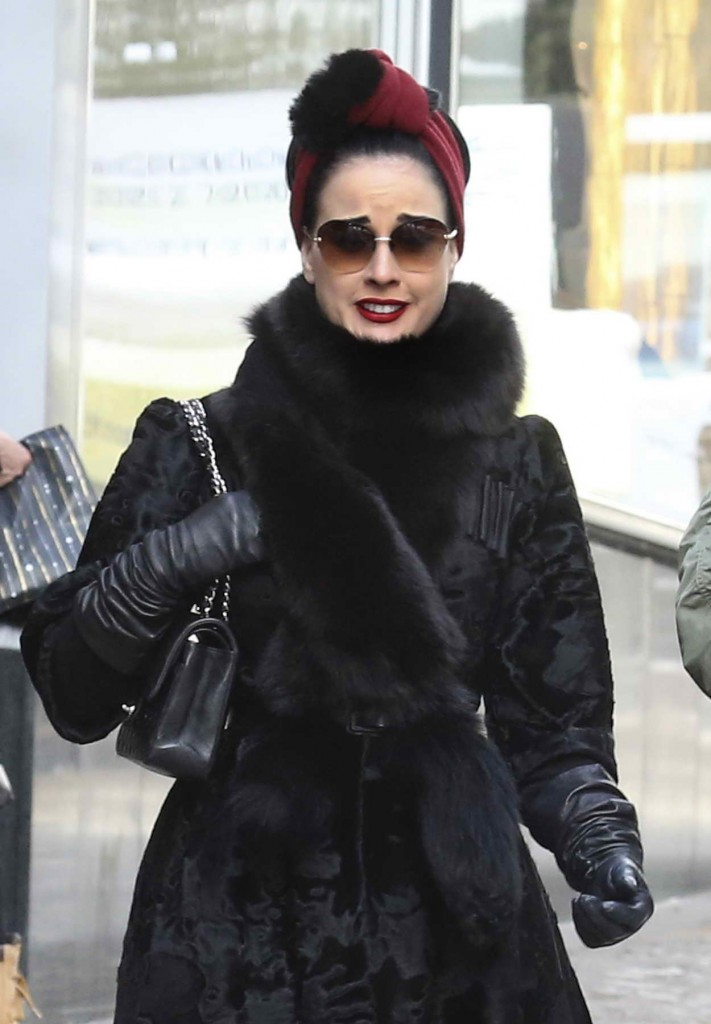 Dita Von Teese Shopping at the Valentino Store in St Moritz 03/09/2016-1
