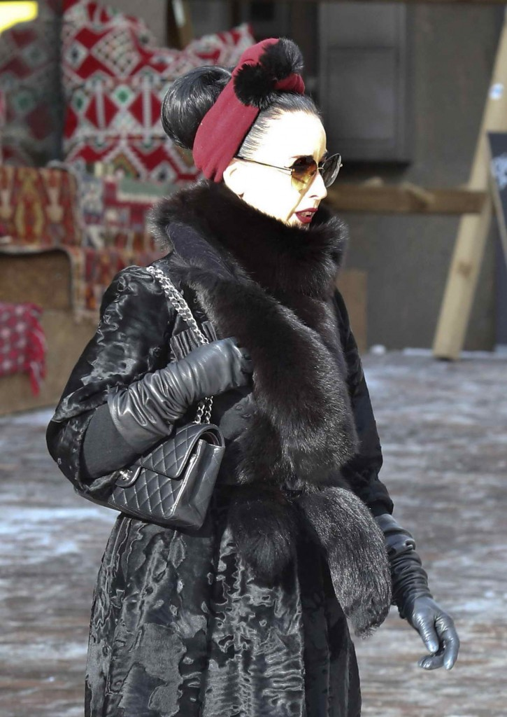 Dita Von Teese Shopping at the Valentino Store in St Moritz 03/09/2016-3