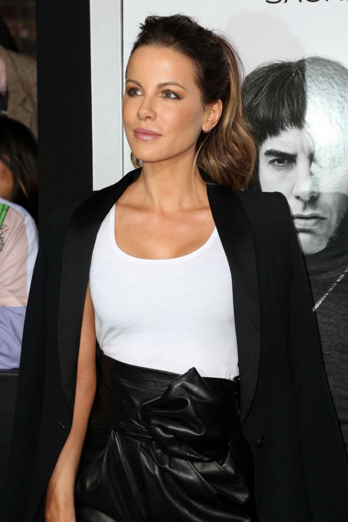 Kate Beckinsale at the Brothers Grimsby Premiere in Westwood 03/03/2016-1