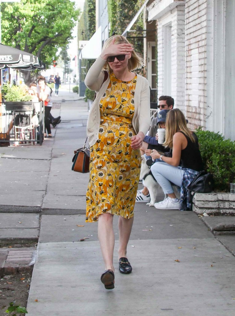 Kirsten Dunst Out in Los Angeles 03/02/2016-1