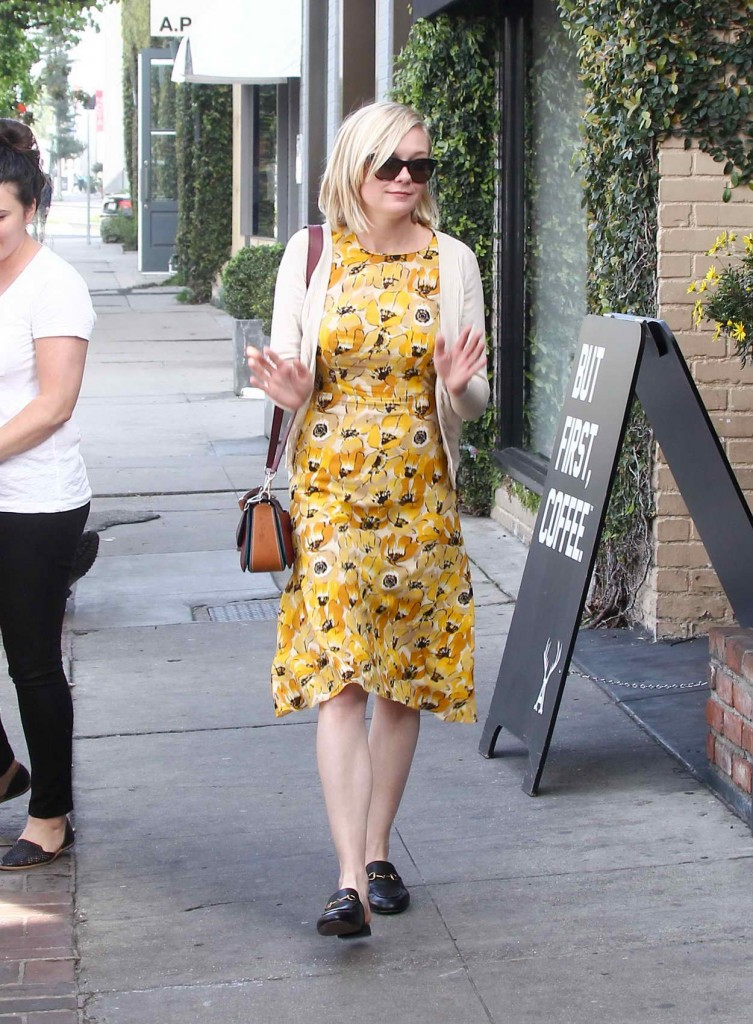 Kirsten Dunst Out in Los Angeles 03/02/2016-2