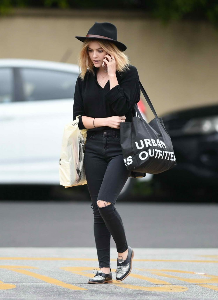 Lucy Hale Shopping at Barnes and Noble in Studio City 03/13/2016-3