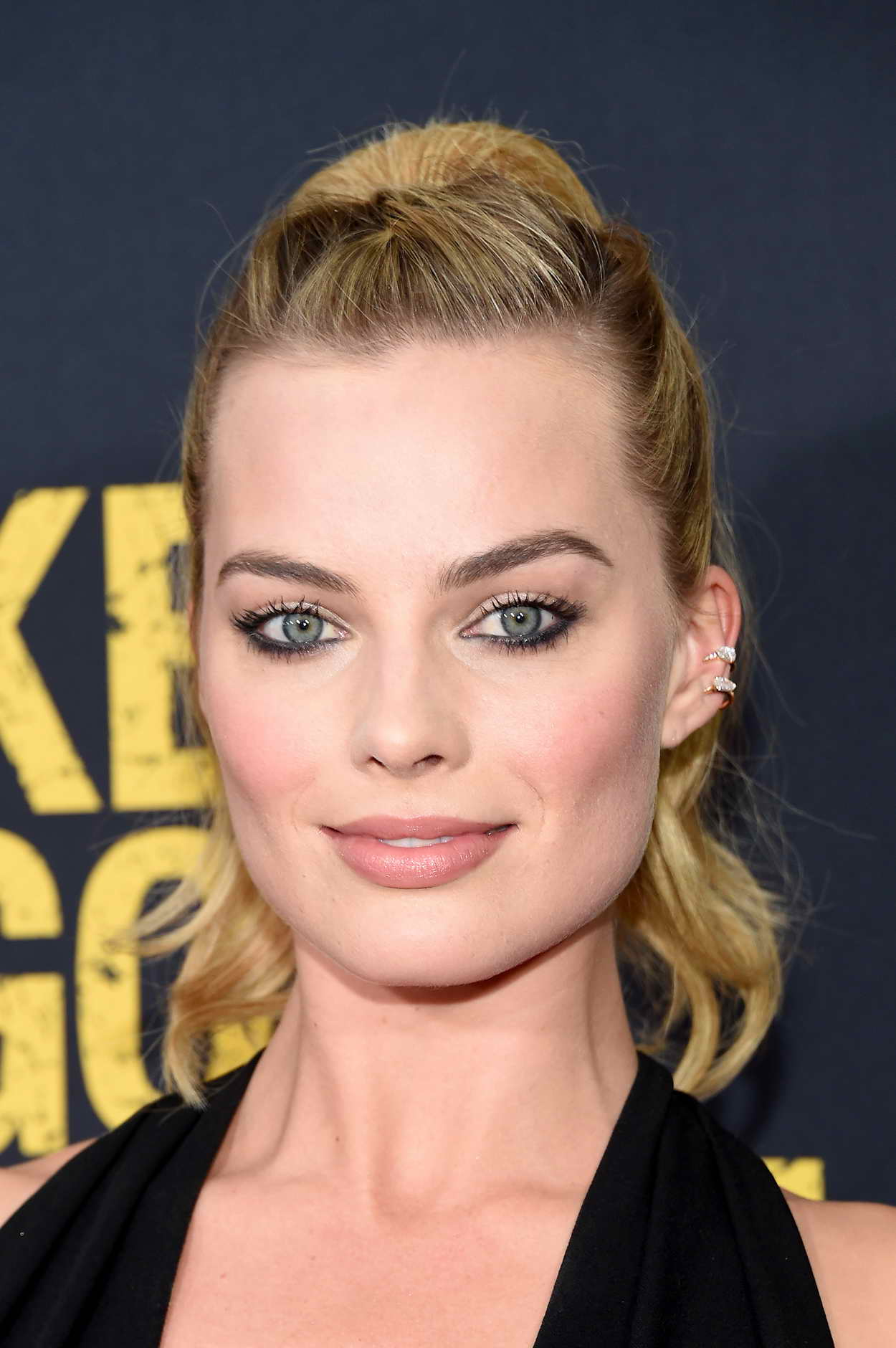 Margot Robbie At Whiskey Tango Foxtrot Premiere In Nyc 03