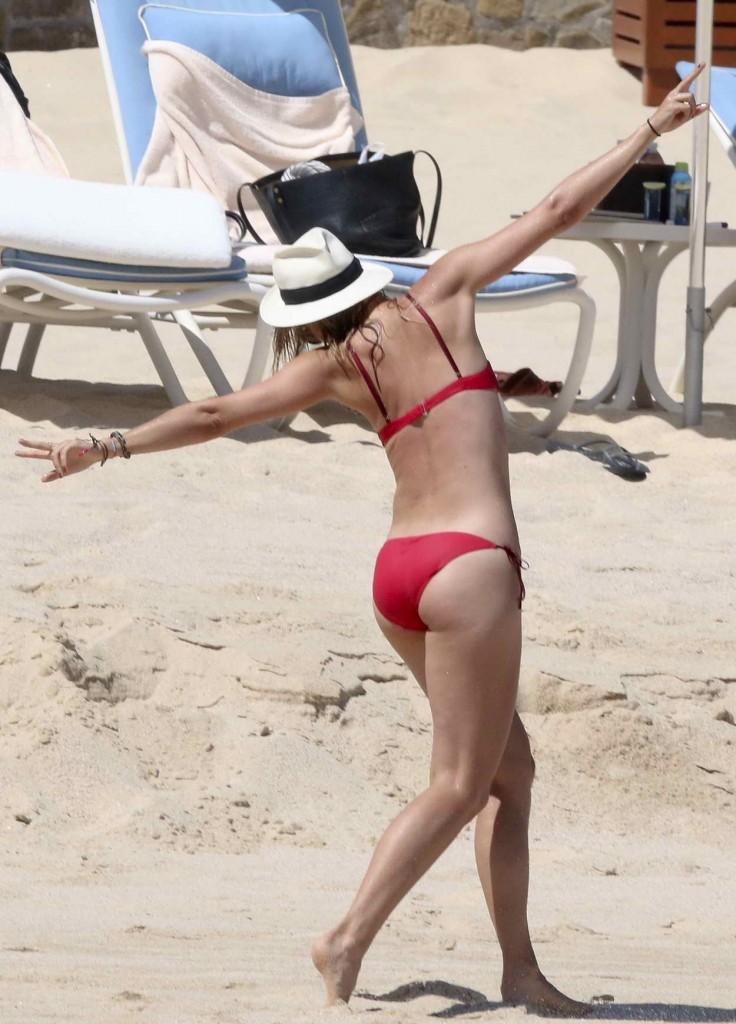 Maria Sharapova in Bikini in Mexico 03/27/2016-5