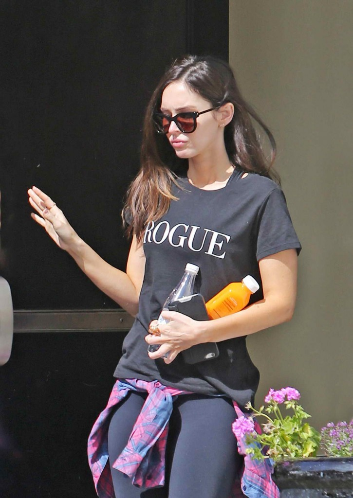 Megan Fox at the Sweet Butter Cafe in Studio City 03/03/2016-1