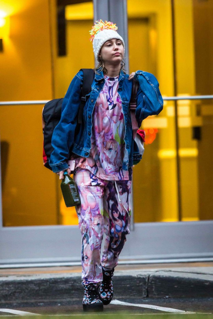 Miley Cyrus Out in New York 03/14/2016-1