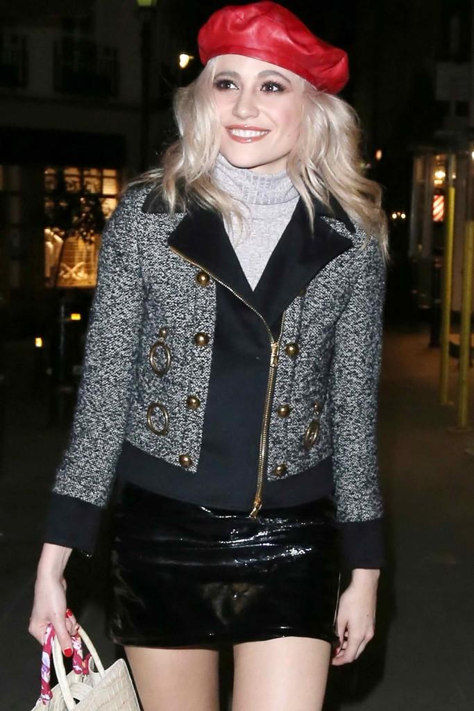 Pixie Lott Leaving Pizzeria in London 03/21/2016-3