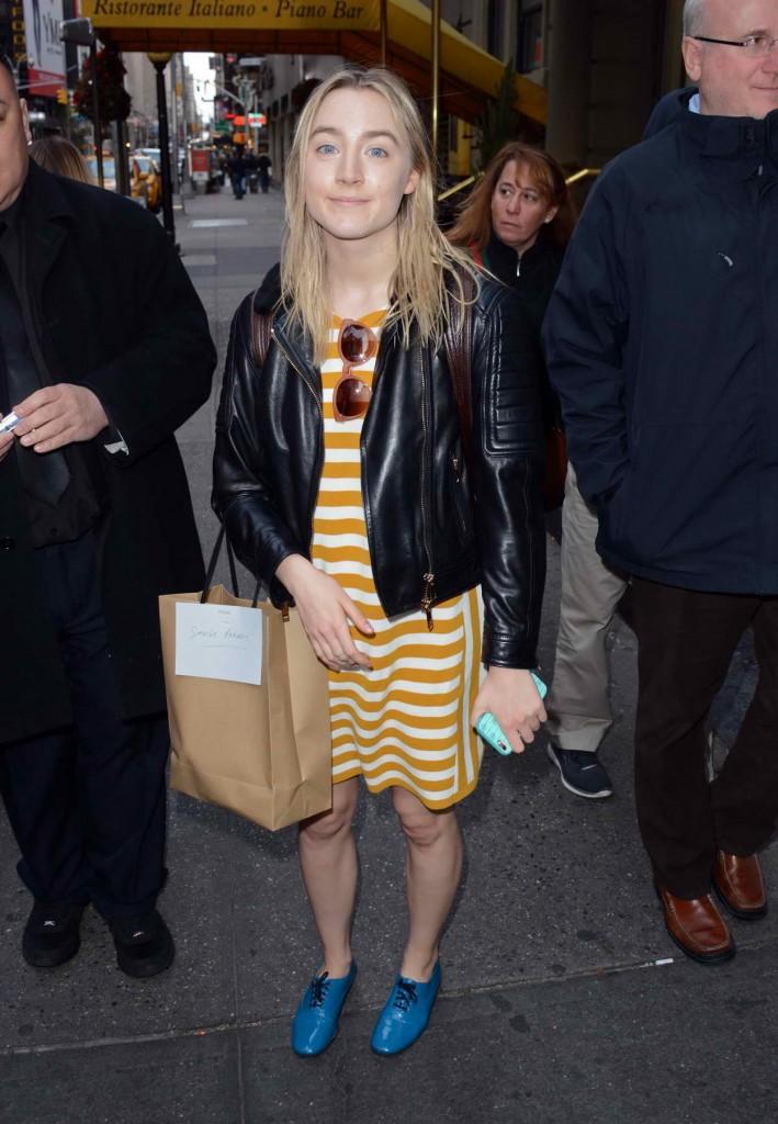 Saoirse Ronan Outside Walter Kerr Theatre in New York City 03/27/2016-1