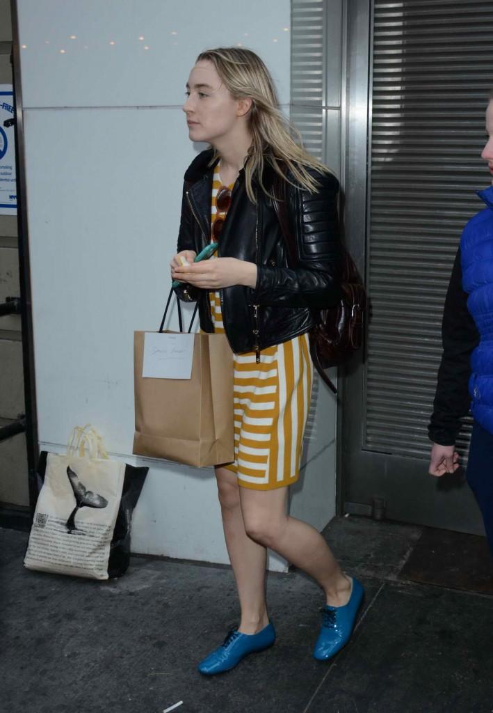 Saoirse Ronan Outside Walter Kerr Theatre in New York City 03/27/2016-4