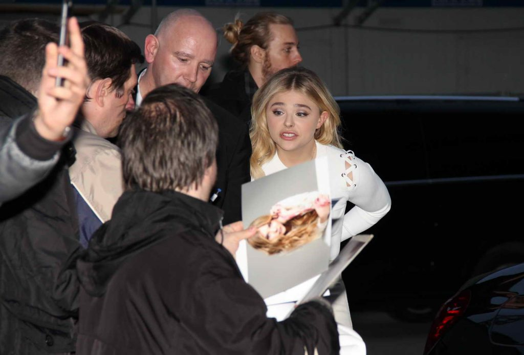 Chloe Grace Moretz Signes Autographs at a Neighbors 2 Screening in Berlin 04/26/2016-4