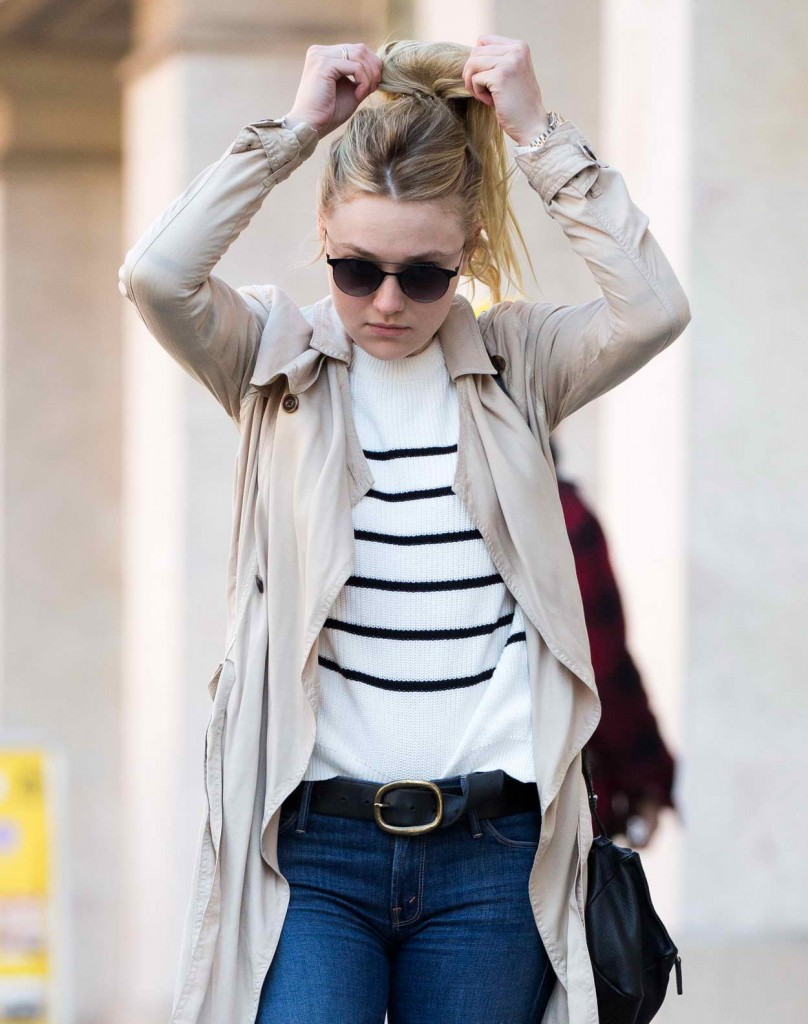 Dakota Fanning Out and About in New York 04/13/2016-1
