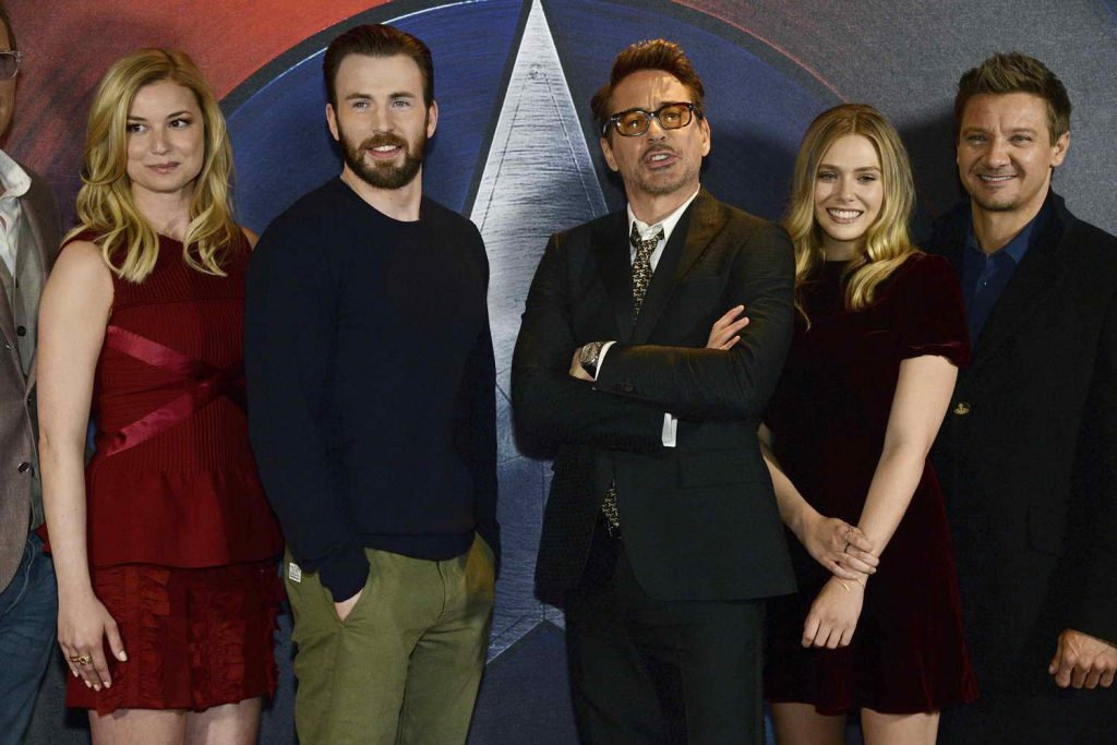 Elizabeth Olsen at the Captain America: Civil War Photocall in London 04/25/2016-5