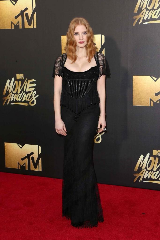 Jessica Chastain at MTV Movie Awards in Burbank 04/09/2016-1