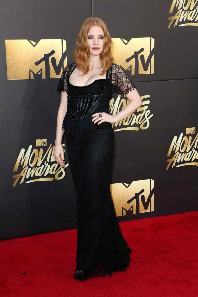 Jessica Chastain at MTV Movie Awards in Burbank 04/09/2016-2