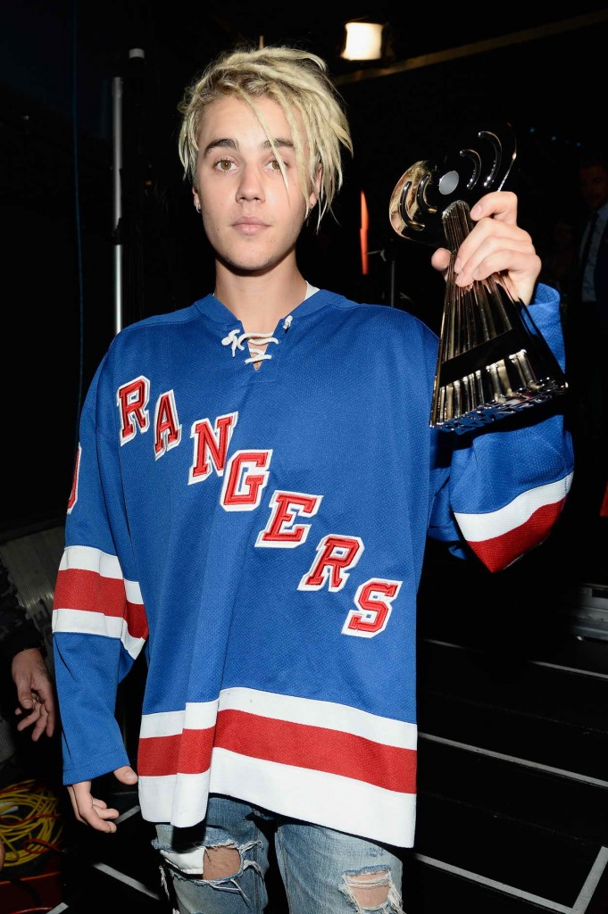 Justin Bieber at iHeartRadio Music Awards in Los Angeles 04/03/2016-3
