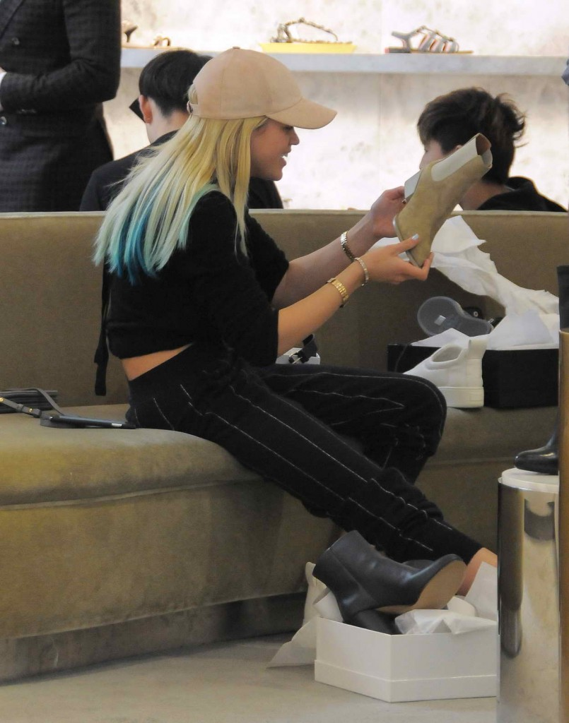 Sofia Richie Shopping at Saks Fifth Avenue in Beverly Hills 03/31/2016-1