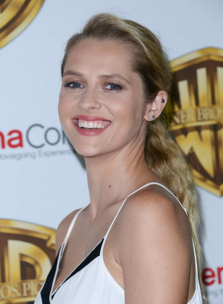 Teresa Palmer at the Warner Bros. Pictures The Big Picture Presentation at CinemaCon in Las Vegas 04/12/2016-5