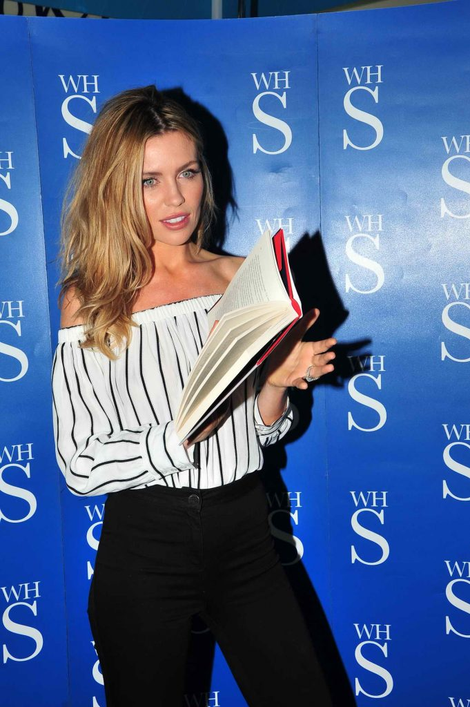 Abbey Clancy Signs Her Book in Liverpool 05/19/2016-3