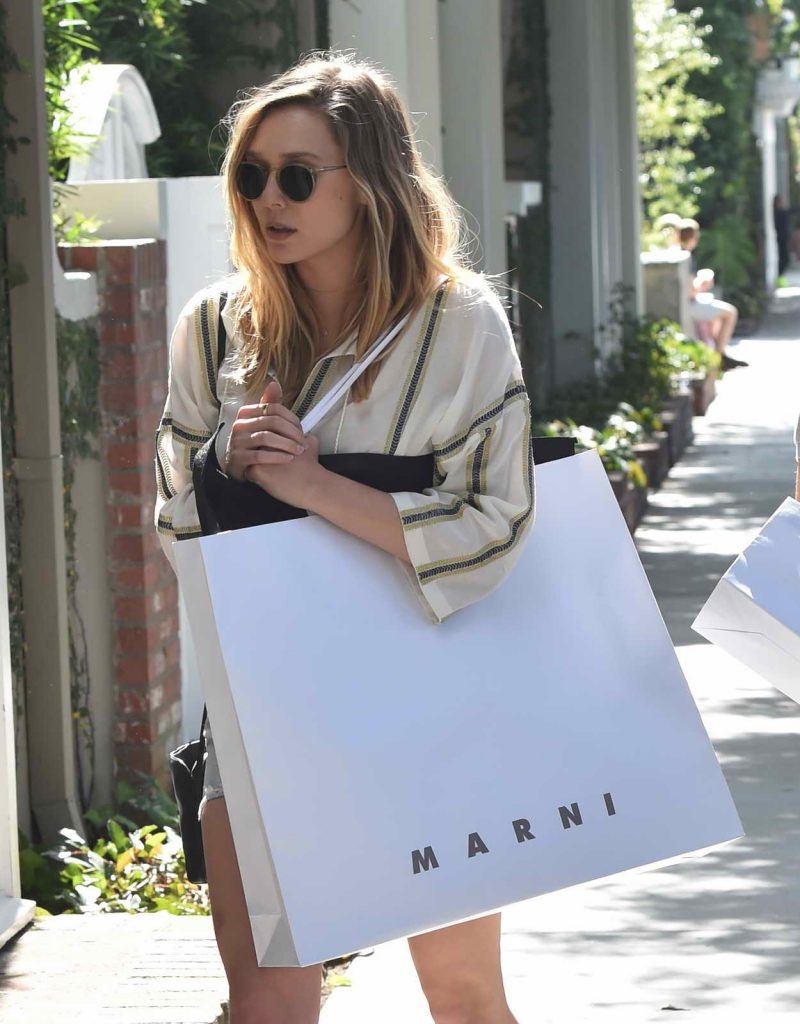 Elizabeth Olsen Shops in West Hollywood 05/13/2016-1