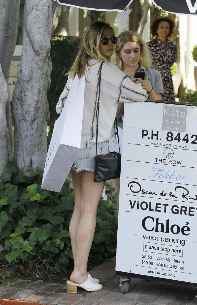 Elizabeth Olsen Shops in West Hollywood 05/13/2016-3