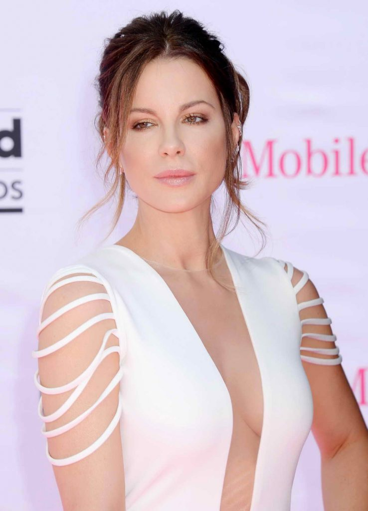 Kate Beckinsale at the 2016 Billboard Music Awards at T-Mobile Arena in Las Vegas 05/22/2016-4